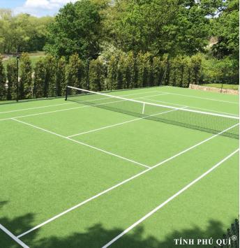 thi công sân tennis với mặt cỏ nhân tạo giá rẻ