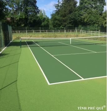 thi công sân tennis với mặt cỏ nhân tạo tốt nhất