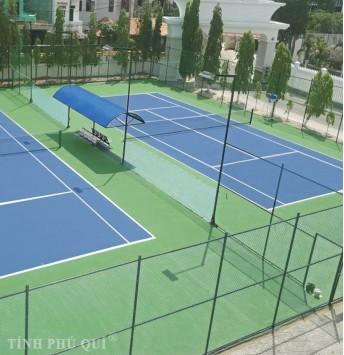 hàng rào tennis